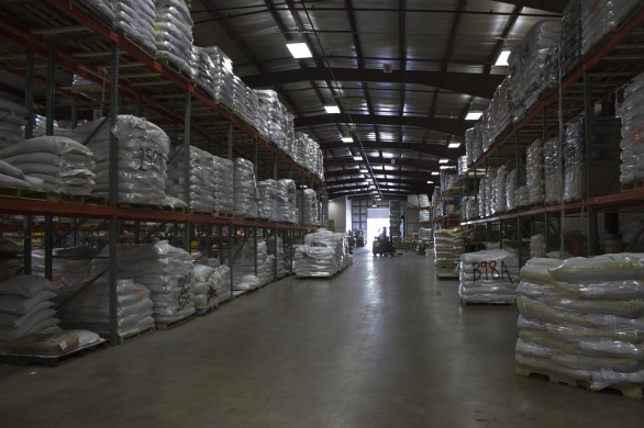 warehouse-2222002_960_720